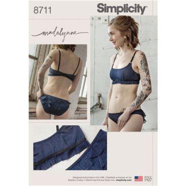 simplicity-maddie-bralette-pattern-8711-envelope-front